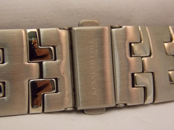 Kenneth Cole watchband KC3368 Bracelet Steel Silver Color. Watchband W/Pins
