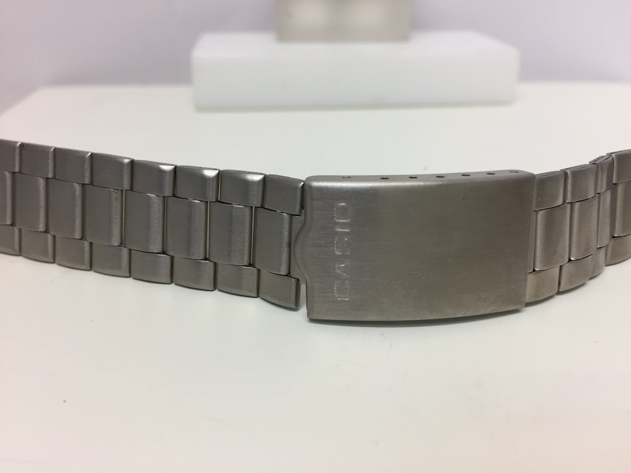 Casio Original WatchBand/Bracelet Unknown Mod 8mm. B-9961 w/o end caps