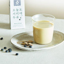 Load image into Gallery viewer, [WingEat] Black Bean Soy Milk [윙잇] 오늘도 서리태 두유 (190ml * 16ea)