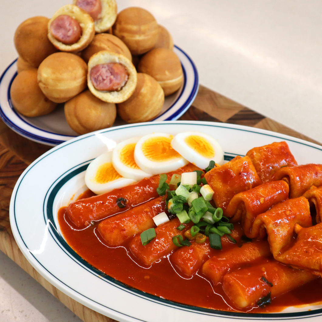 [Gourmet Gongbang] Whole Rice Cake Tteokbokki with Fish Cake Skewer [고메공방] 통가래떡 꼬치오뎅 떡볶이 (444g)