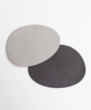 Load image into Gallery viewer, [Le'enmi Living] Pebble Shaped Coasters (double sided) [르엔미] 르엔미 컵매트 (양면)