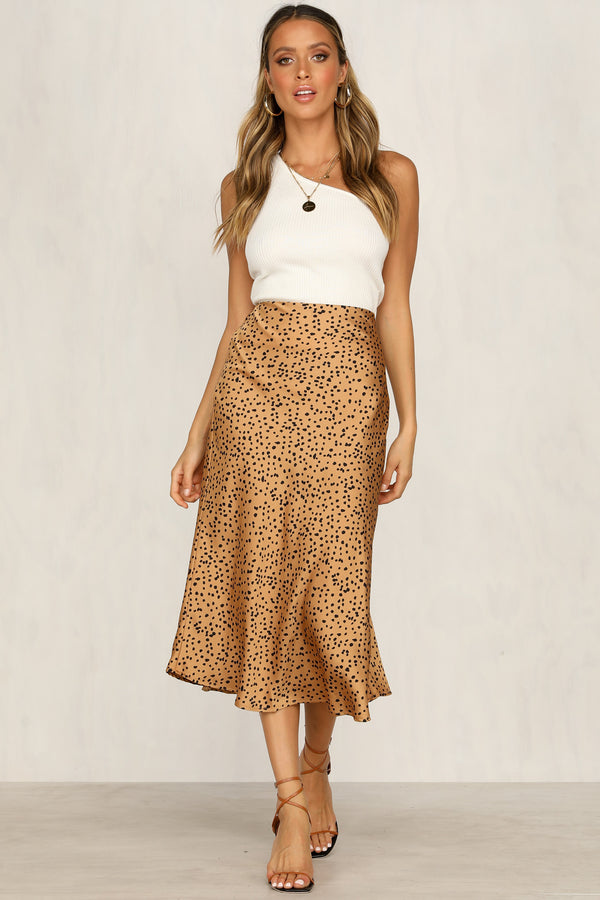 Hits The Spot Skirt (Gold)