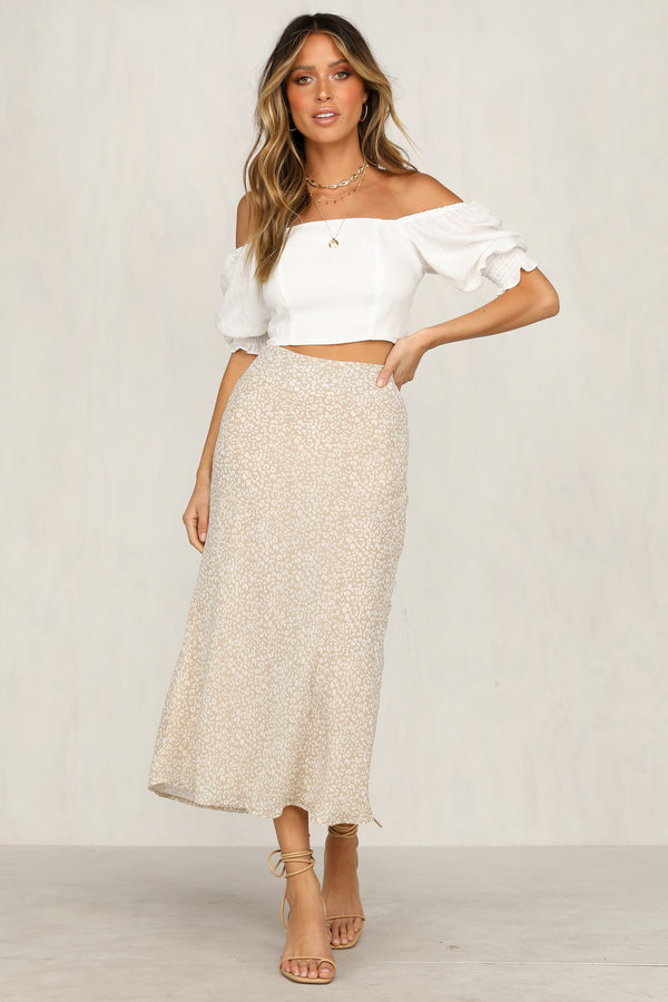 Bleeding Love Skirt (Beige)