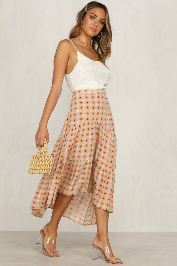 Golden Fields Skirt (Tan Floral)