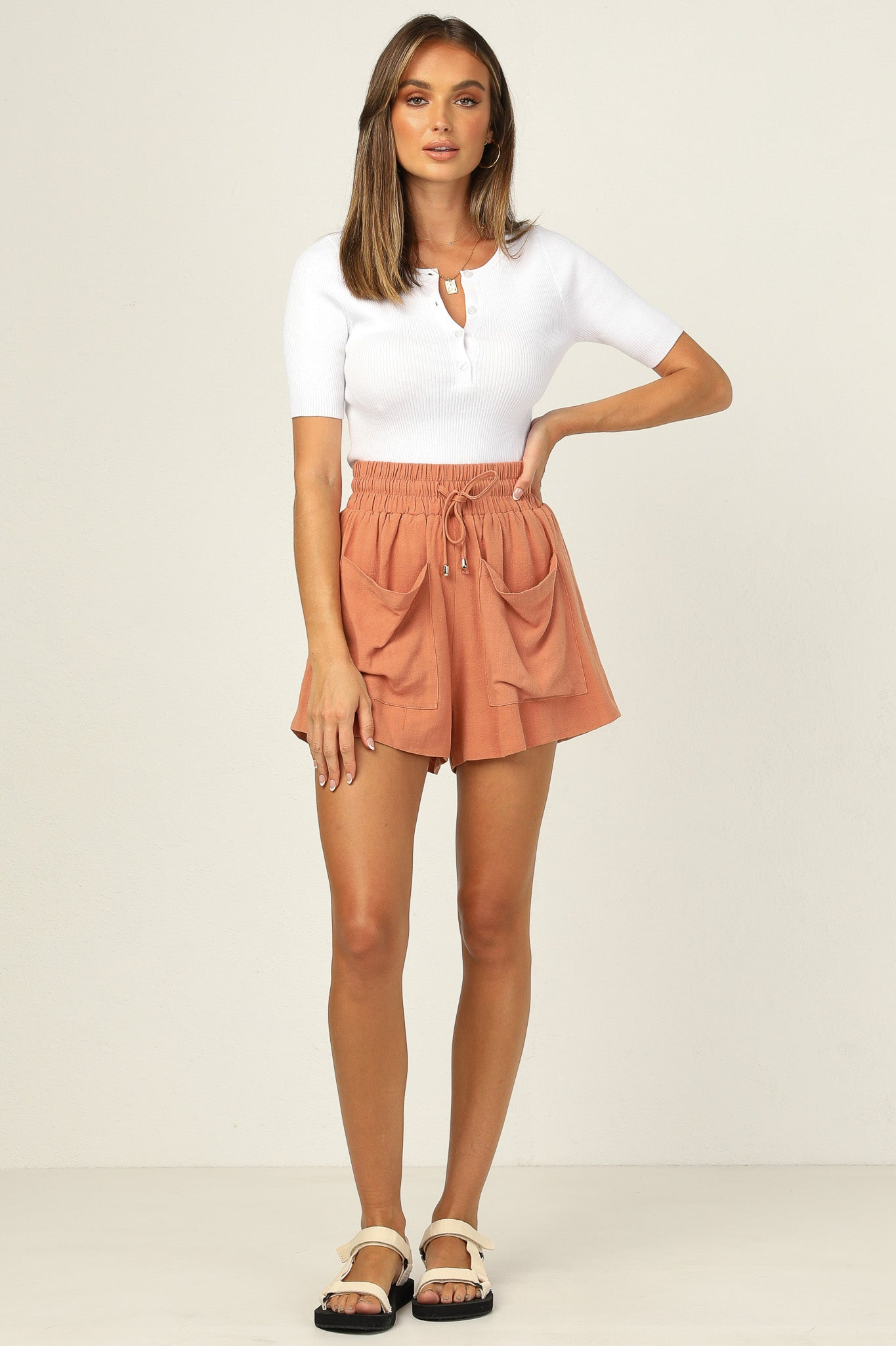 Keilani Shorts (Rust)