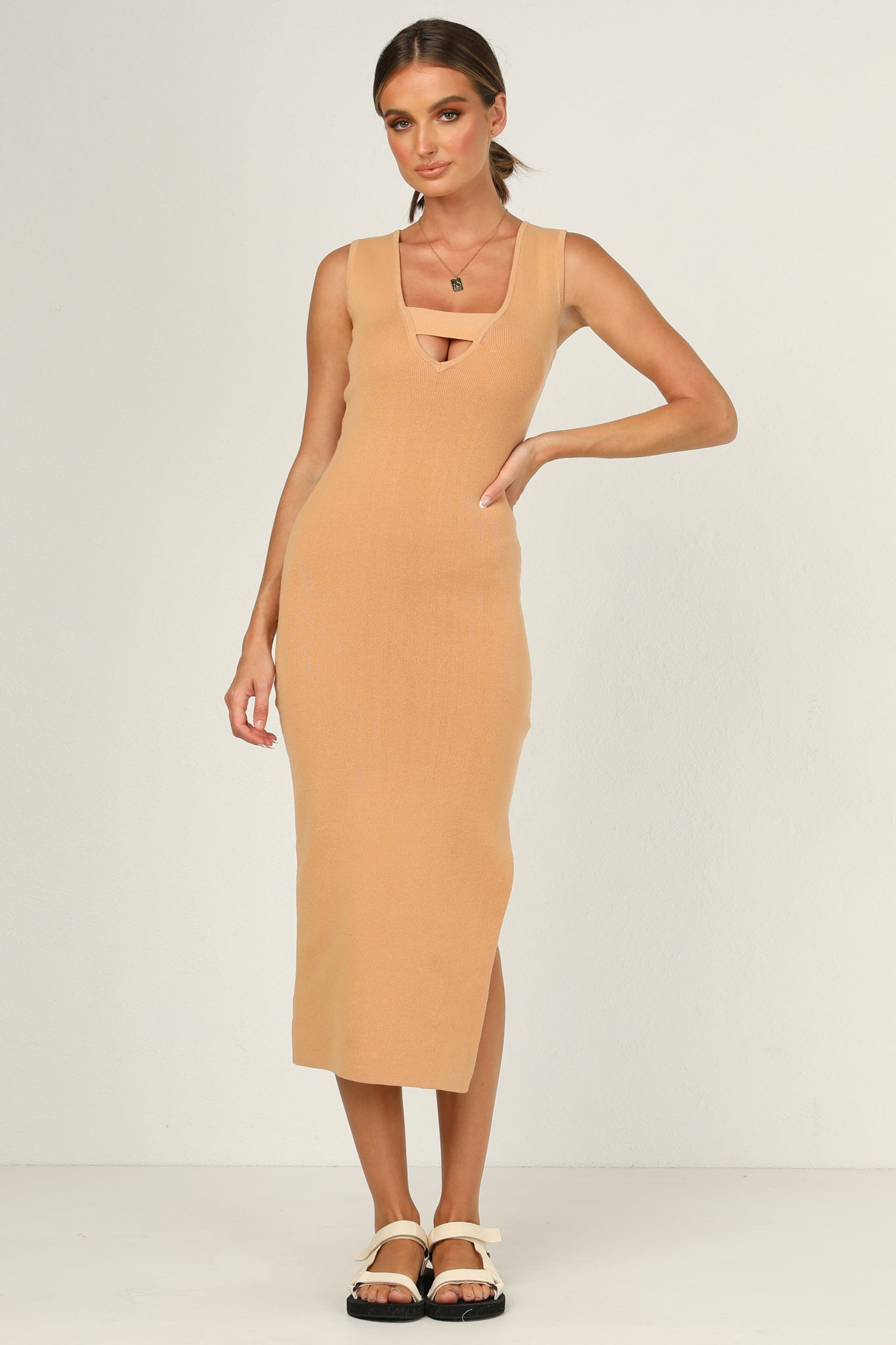 Louis Knit Dress (Tan)