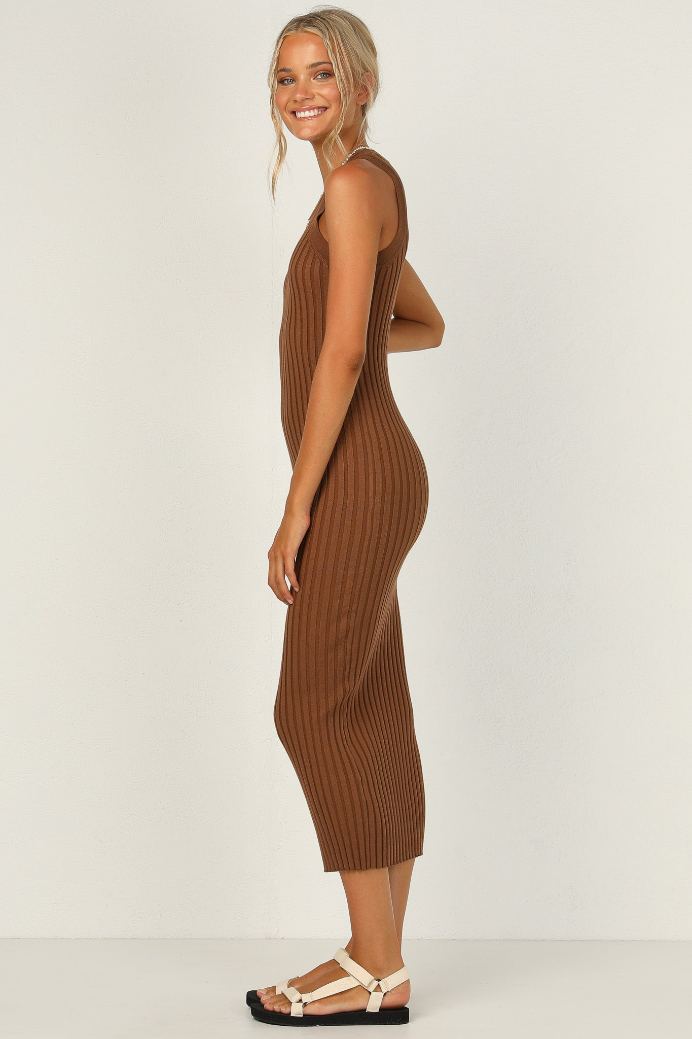 Sienna Dress (Chocolate)