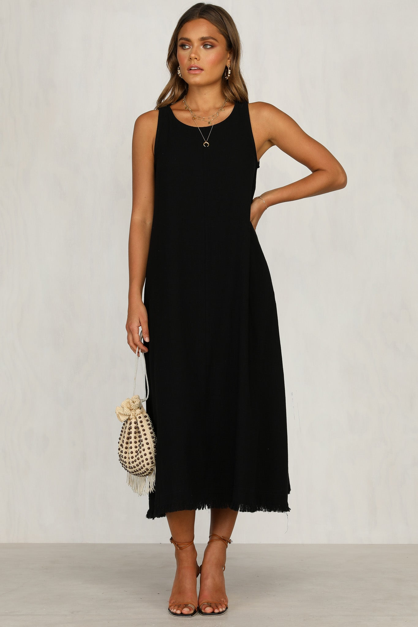 Solitude Dress (Black)