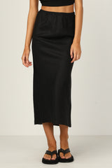 Maggie Midi Skirt (Black)