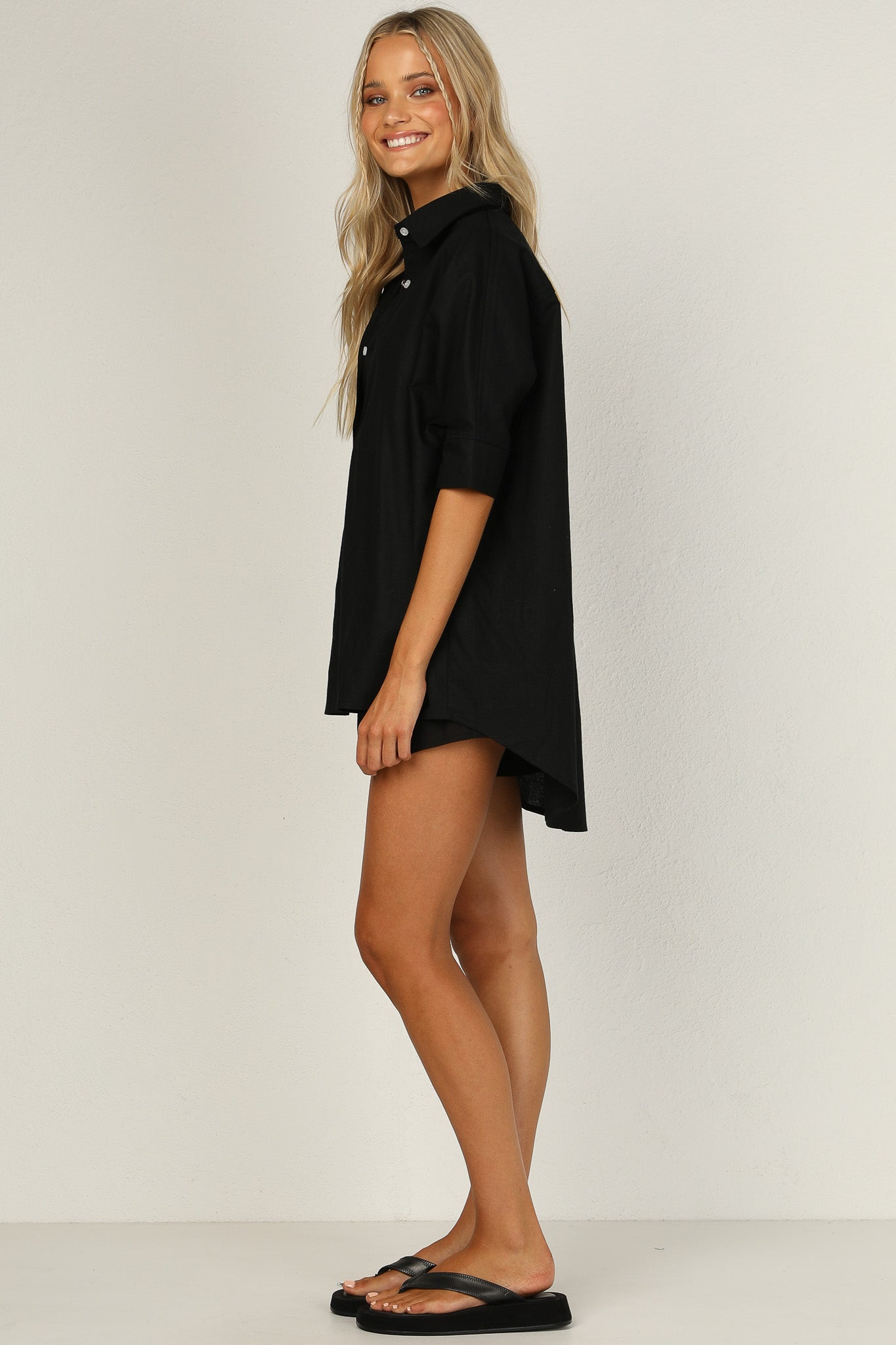Bella Shorts (Black)