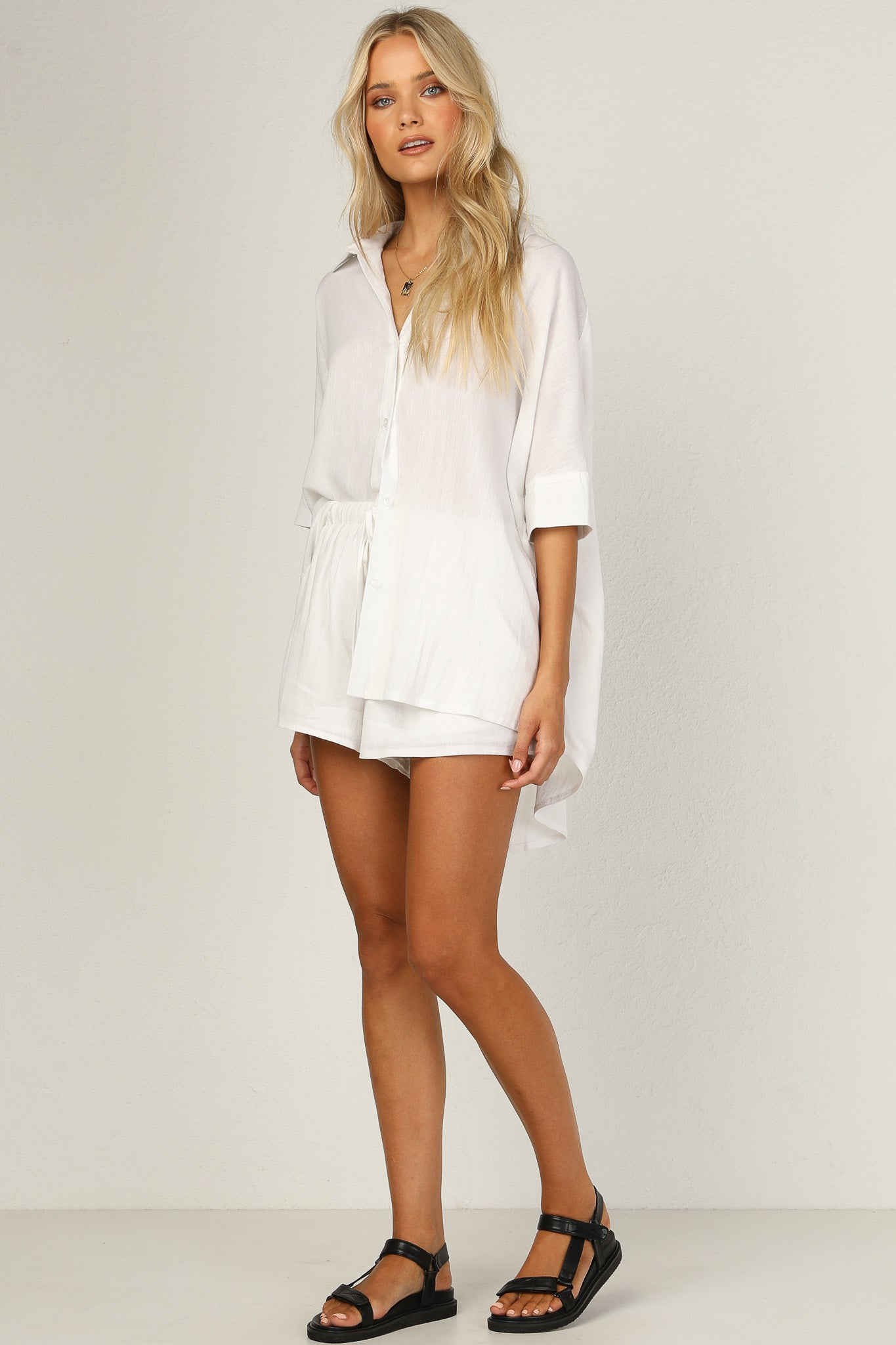 Bella Shorts (White)
