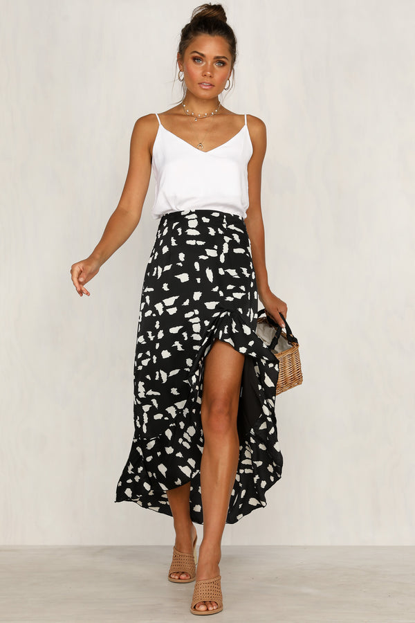 Gaze Skirt (Black)