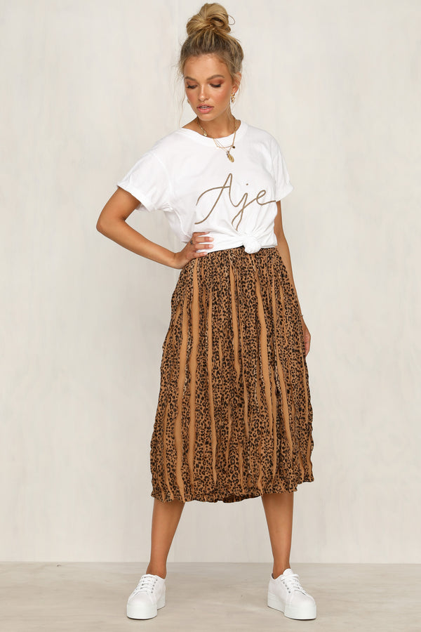 Two Steps Back Skirt (Brown)