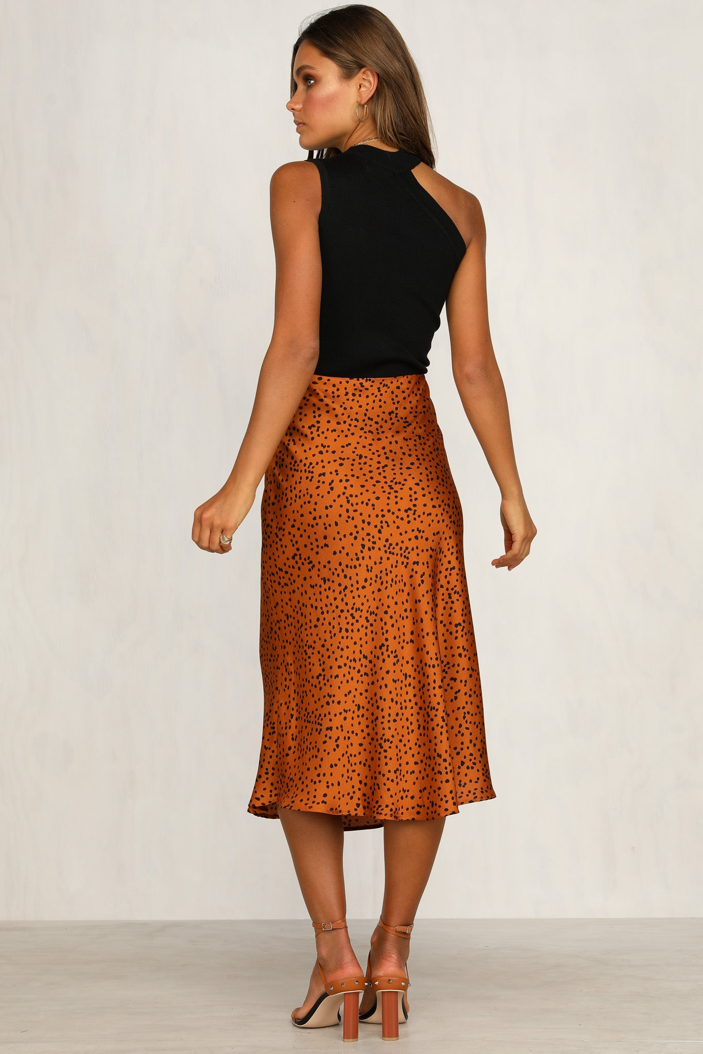 Hits The Spot Skirt (Rust)