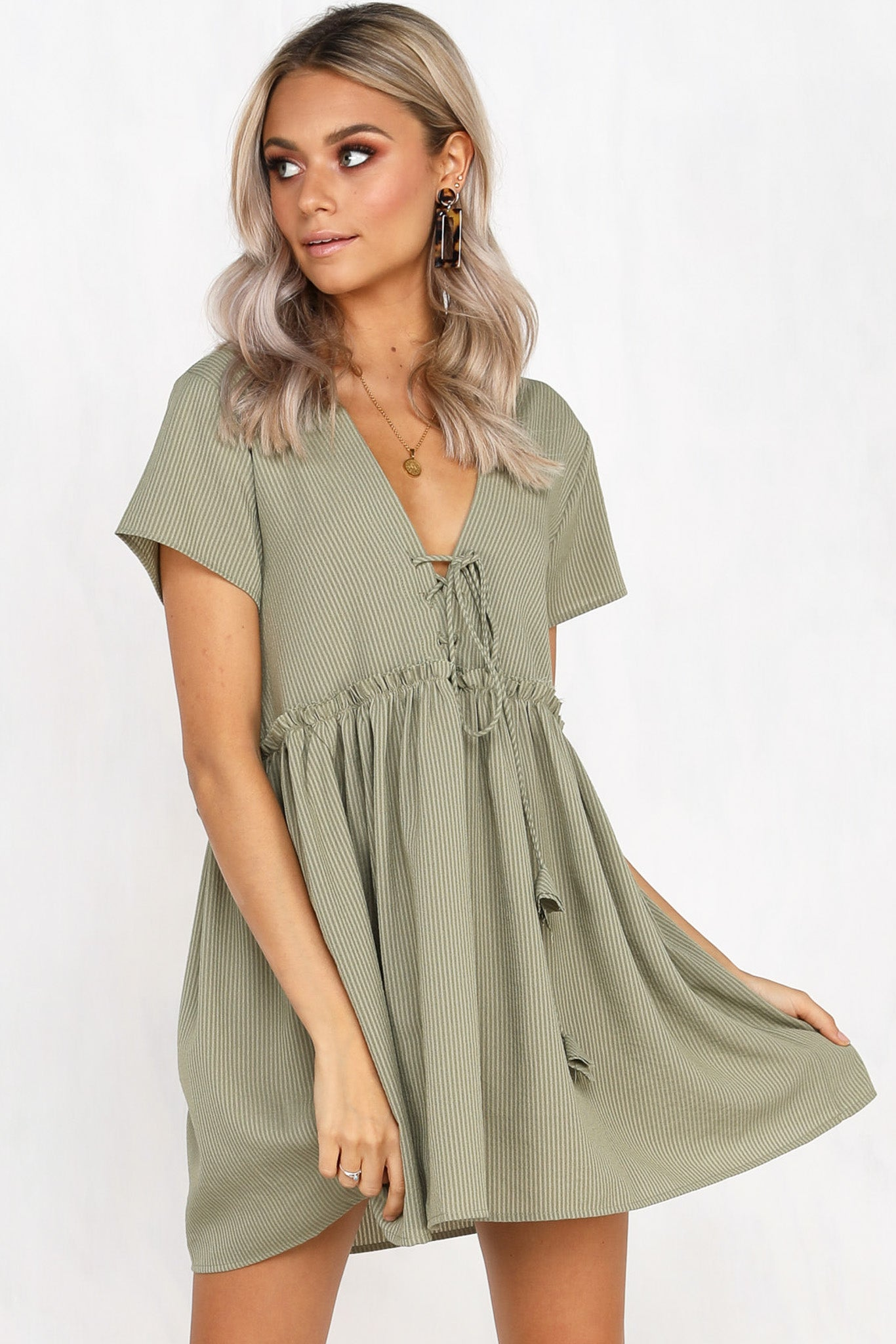d848a97e62273 Baby Face Dress (Olive) – RunwayScout