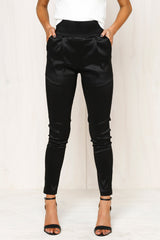 Back It Up Pants (Black)