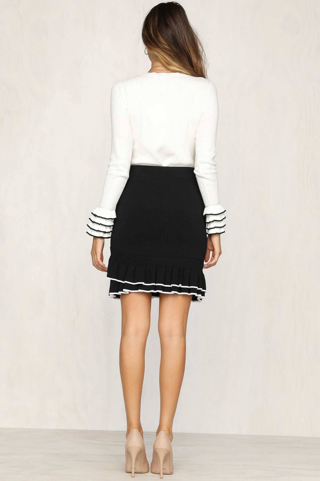 To the Nines Skirt