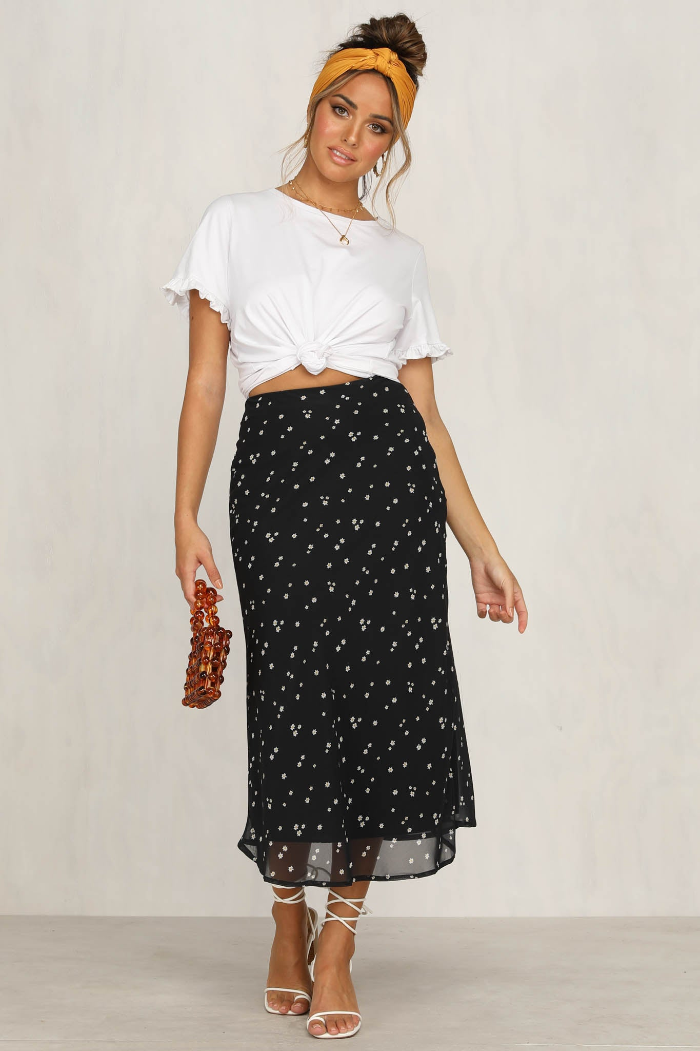 Doll Face Skirt (Black Daisy)