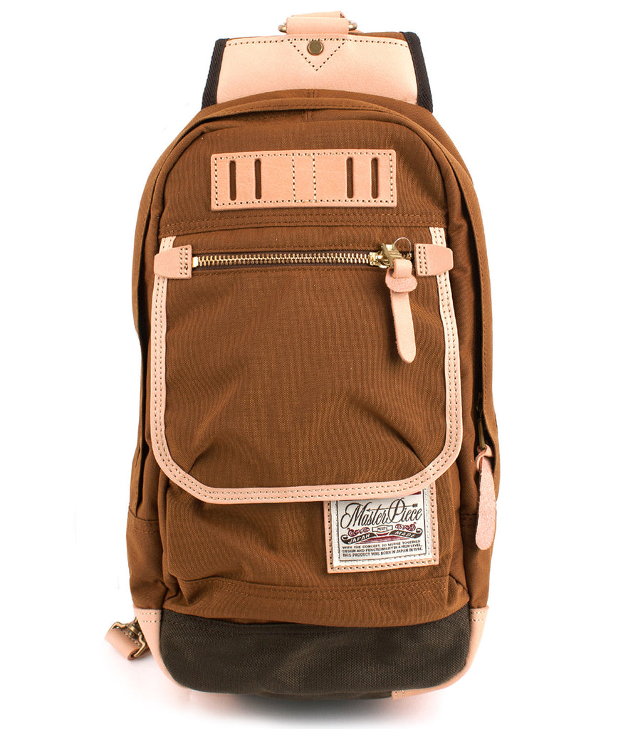 Surpass Shoulder Bag in Camel