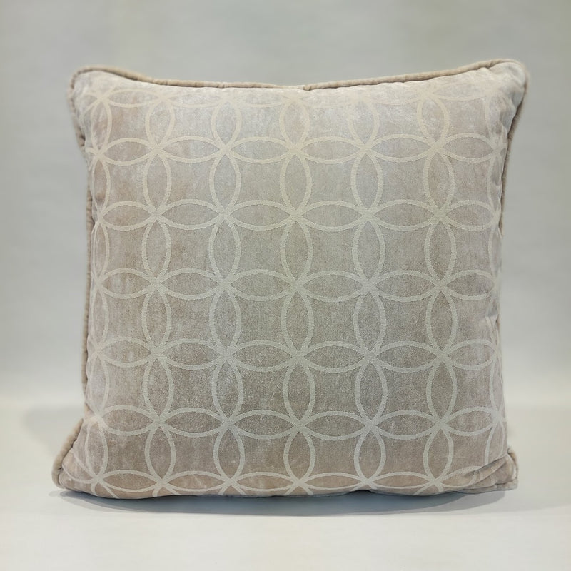 FADE VELVET PILLOW (all ivory)