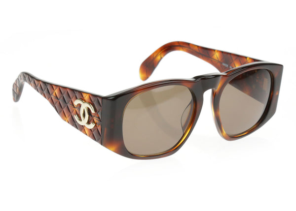 Chanel Vintage Brown 01450 91235 Quilted CC Logo Sunglasses