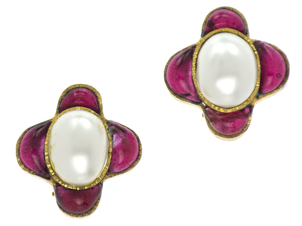 Chanel Vintage Red Gripoix Pearl Earrings
