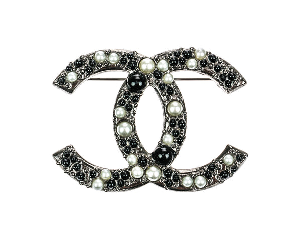 Chanel 13S Silver CC Logo Faux Pearl and Gripoix Brooch