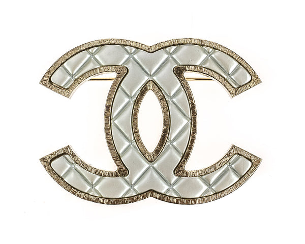 Chanel 14P Gold CC Logo Brooch