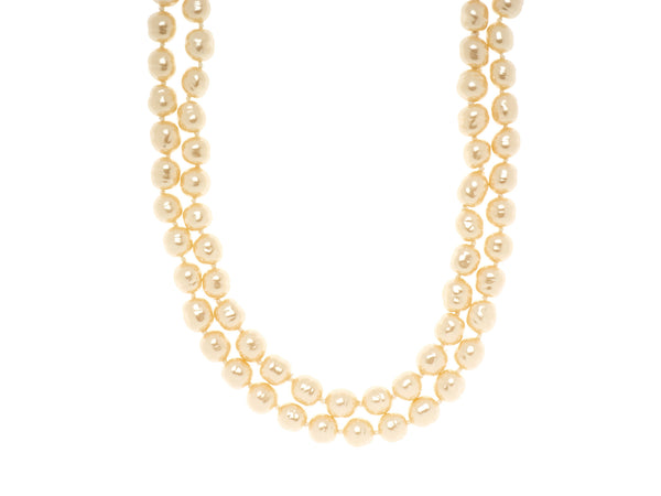 Chanel Vintage Ivory Pearl Necklace