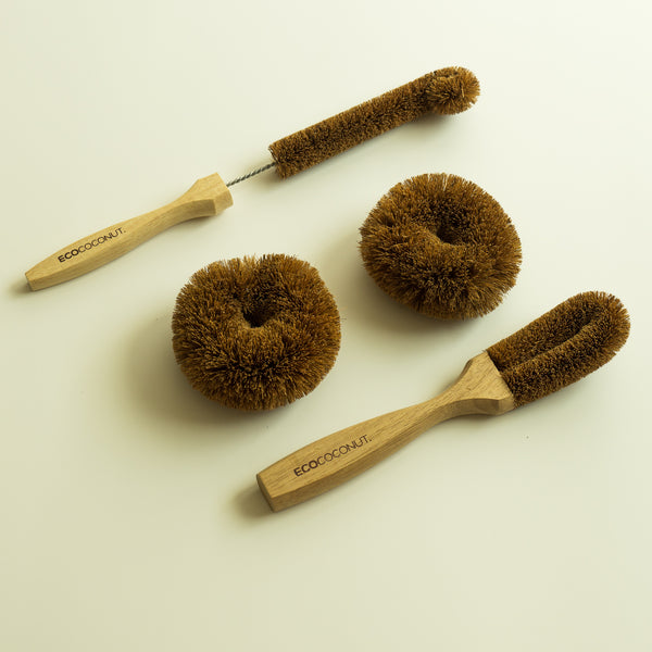 Ecococonut long bottle brush dish brush and twin pack scourers (brown)
