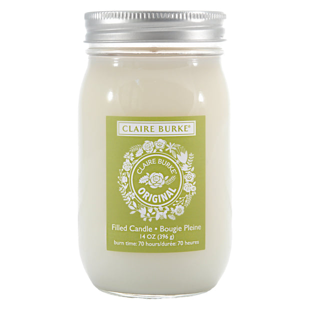 A modern celebration of vintage charm in a luminous glass mason jar. The radiant glow and alluring aroma of rose, lavender, patchouli, vetiver and spices sets a calming mood for elegance and beauty.