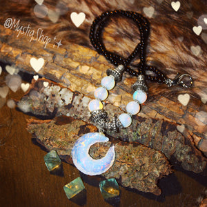 🌙Opalite & Moonstone CrescentMoon Necklace