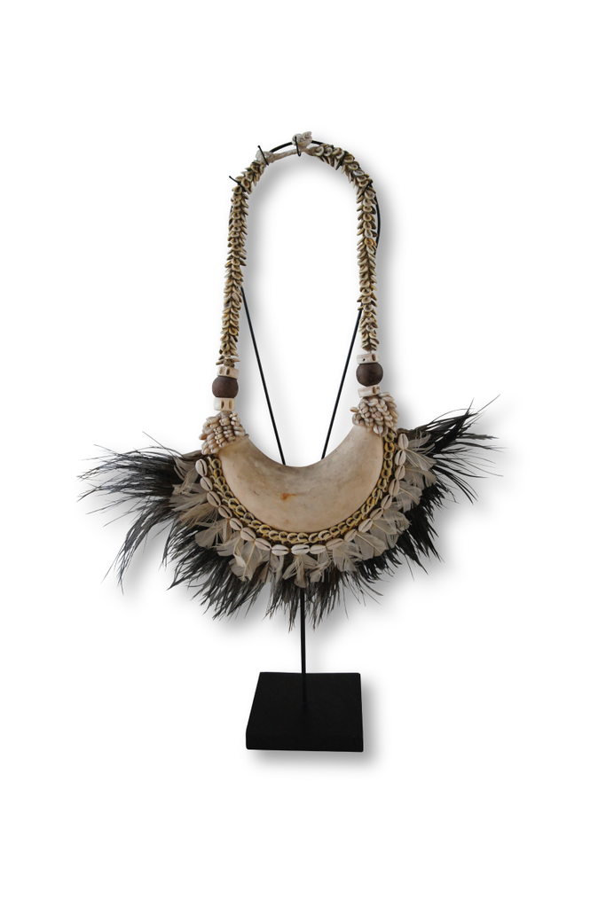 HORN AND FEATHER NECKLACE ON STAND