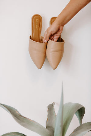 Tan Pointed Flat