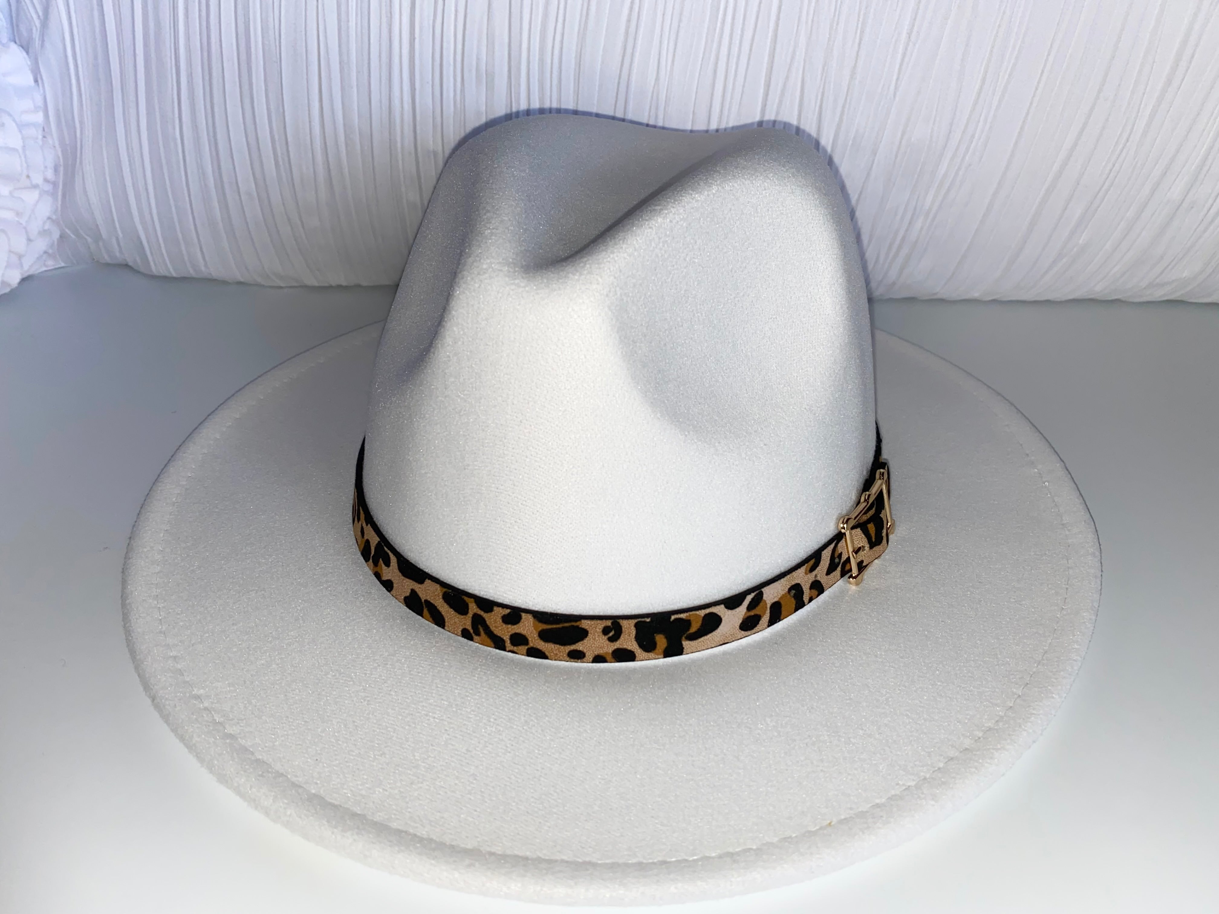 FRENCH WHITE FEDORA