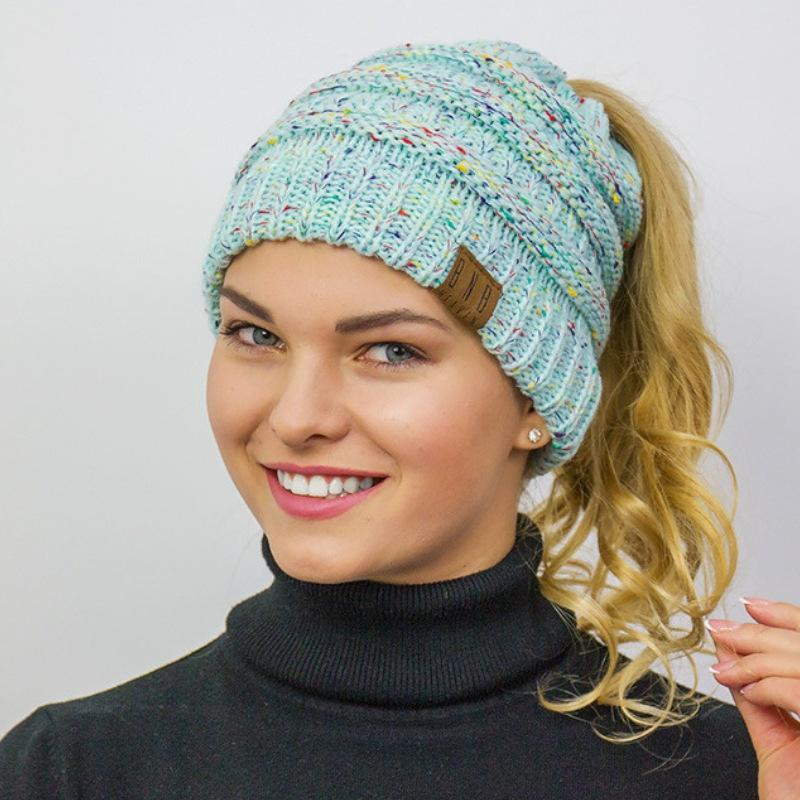 Knitted Winter Ponytail Messy Bun Beanie