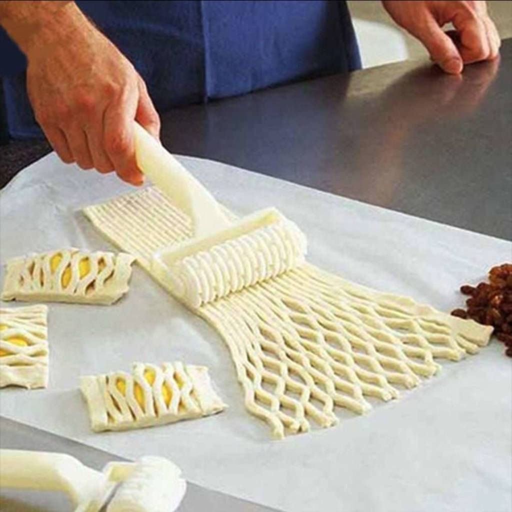 Pastry Lattice Dough Roller