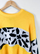 Load image into Gallery viewer, 80s Black n Yellow Sweater