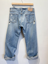 Load image into Gallery viewer, 90s Levi Low Boot Cut Jeans