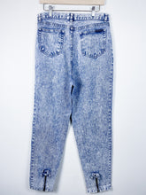 Load image into Gallery viewer, 90s A. Wash Denim