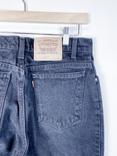 Load image into Gallery viewer, 90s Levi's HW Denim
