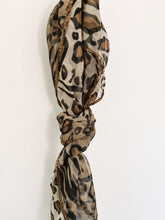 Load image into Gallery viewer, 80s Cheetah Print Scarf