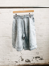 Load image into Gallery viewer, 80s Acid Wash Oversized Shorts