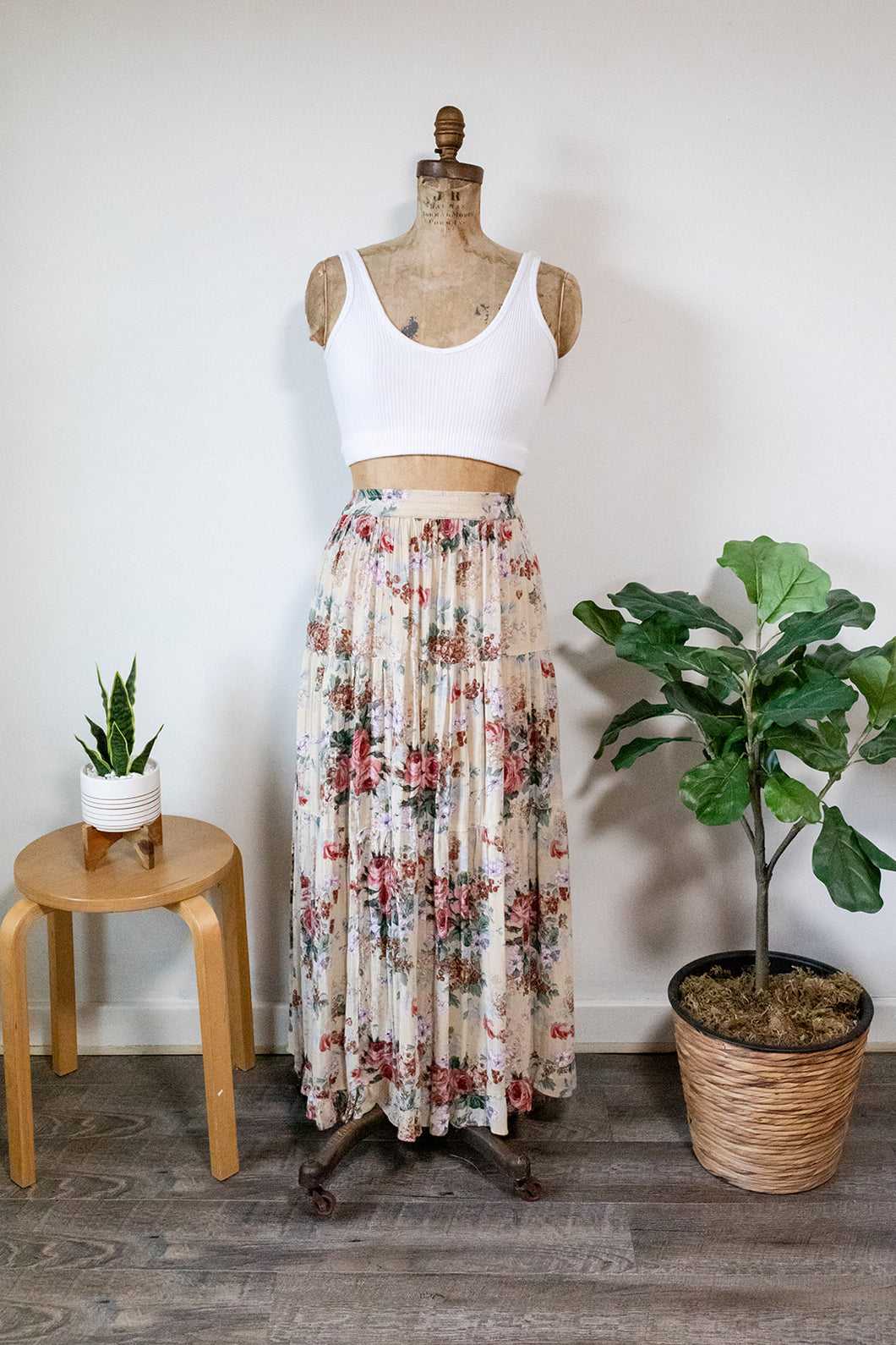 90s Flowy Floral Skirt