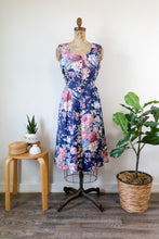 Load image into Gallery viewer, 80s Floral Dress