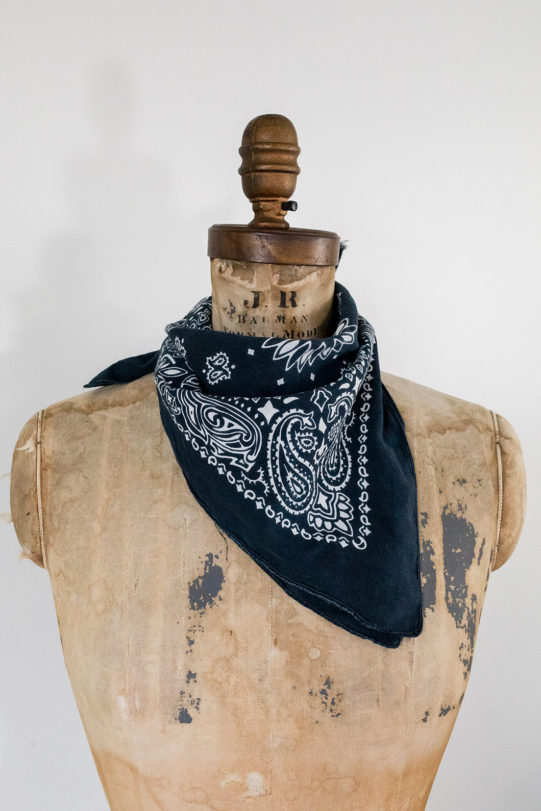 80s Faded Black Bandana