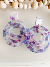 Load image into Gallery viewer, Violet Acetate Drop Earrings