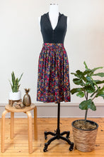 Load image into Gallery viewer, 80s Rayon Floral Skirt