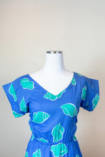 Load image into Gallery viewer, 60s Handsewn Seashell Pattern Dress