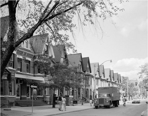 Yorkville, Toronto: The Neighborhood That First Inspired David Crighton